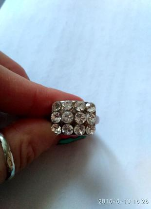 Симпатичное серебряное  кольцо, колечко серебро  925 проба р. 19