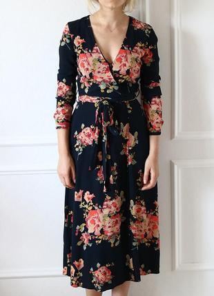 Платье миди с цветочным принтом от zara