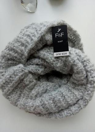 Вязаный шарф-хомут снуд