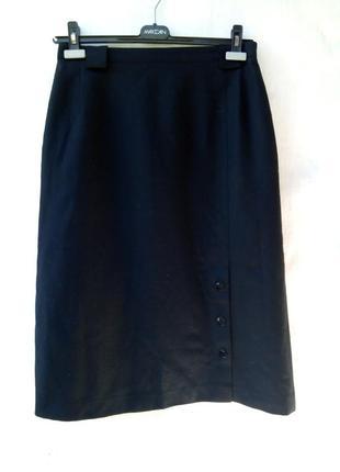 Элегантная теплая шерстяная черная юбка внизу шлица на пуговицах,офисная,бренд,базовая.