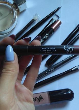 Помада карандаш golden rose matte crayon lipstick 01