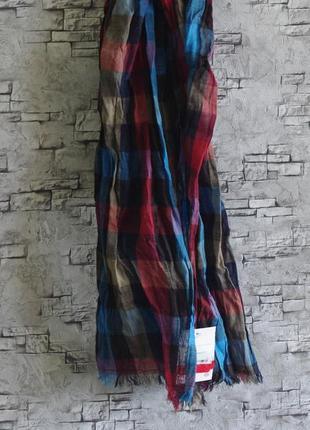 Классный, натуральный шарф . c&a