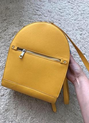 Новый стильный рюкзак zara