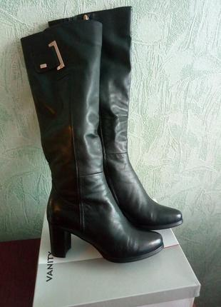 Женские кожаные зимние сапоги, размер 40