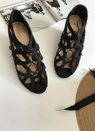Туфли-гладиаторы от new look