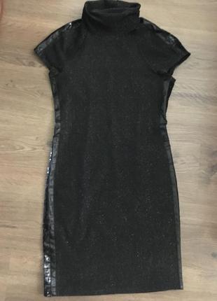 Платье с утяжкой .без молний .