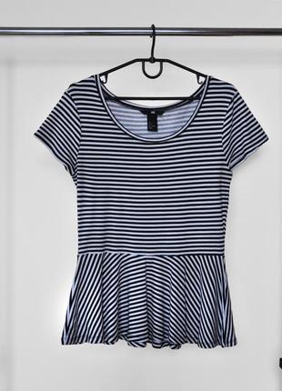 Черно-белая футболка в полоску от h&m