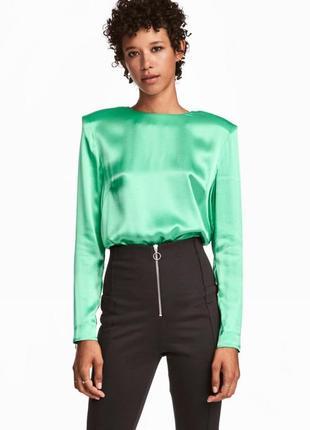 Атласная блуза  из вискозы h&m