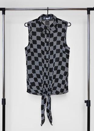 Черно-белая блузка в клетку с завязками снизу от vicky!