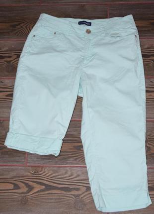 Мятные бриджи шорты