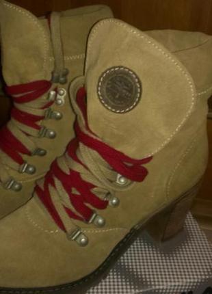 Ботинки замшевее tamaris