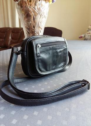 Красивая черная сумка кроссбоди кожа +экокожа