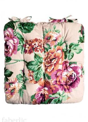 Подушка на стул бежевая