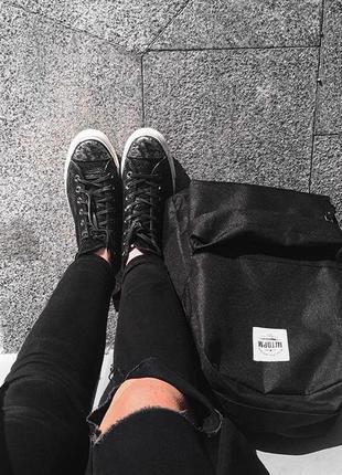 Рюкзак черный однотонный вместительный унисекс