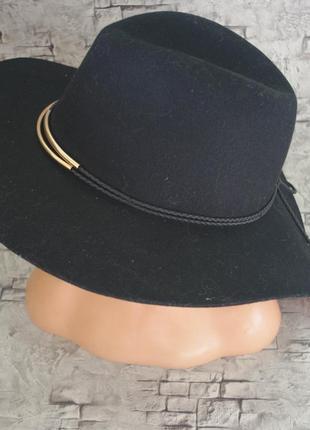 Отличная шляпа c&a
