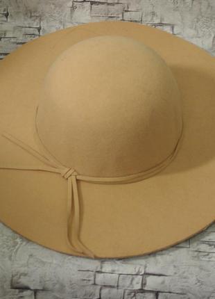 Шикарная шляпа c&a