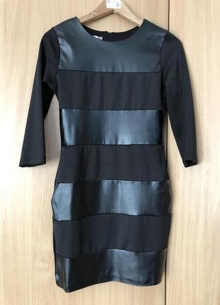 Прямое приталенный чёрное кожаное платье мини короткое рукав 3/4 осеннее весеннее