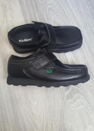 Новые туфли kickers ботинки для мальчика 33/34 размер