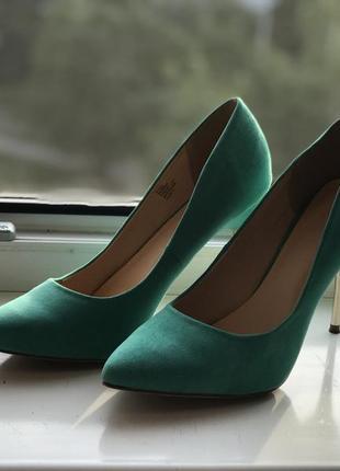 Туфли. вещи от 50 до 199 грн.