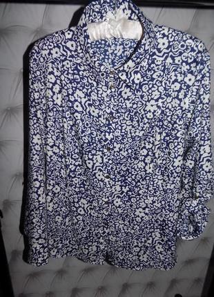 Красивая новая натуральная блуза