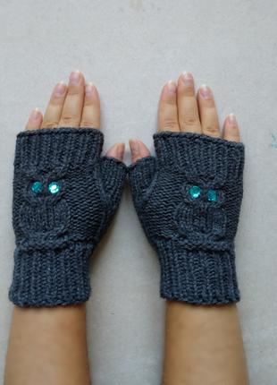 Теплые вязаные митенки перчатки рукавицы варежки без пальчиков совы пепельные