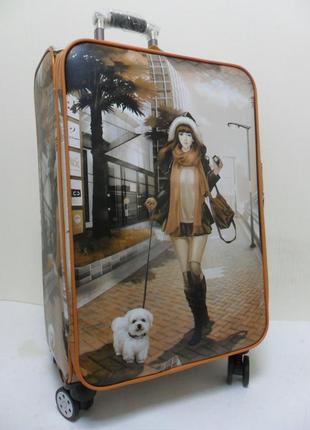 Чемодан 4-х колесный из искусственной кожи женский леди с собачкой.