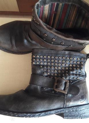 40р. демисезонные ботинки,сапоги caprice
