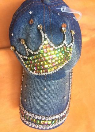 Красивая кепка бейсболка для принцессы