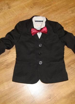 Классический пиджак  на 4 года в идеале