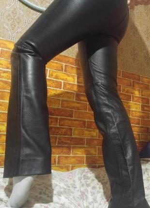 Женские кожаные брюки классика