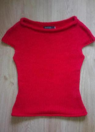 Вязаная футболка красная