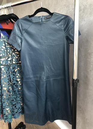 Платье кожзам zara
