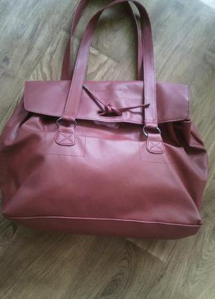 Бордовая сумка