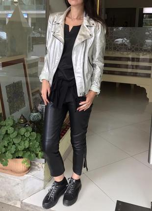 Продам свою куртку косуху серебристая silver zara