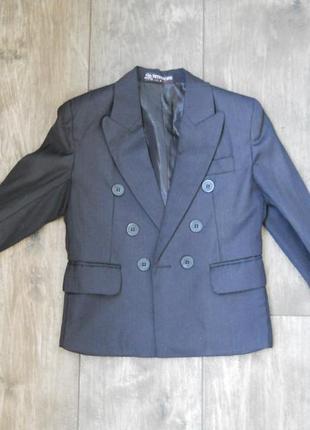 Пиджак на мальчика 3 - 4 года 98 - 104 см новый тонкий