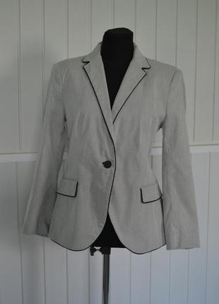 Стильный пиджак zara (испания)