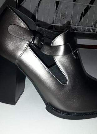Туфли полуботинки ботинки осень - весна 2018-2019 модель каблук ботильоны резинка
