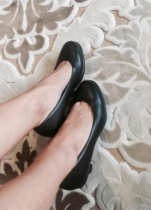 Кожаные туфли crocs оригинал