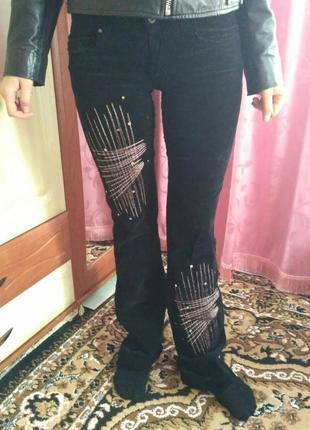 Женские брюки из микровельвета