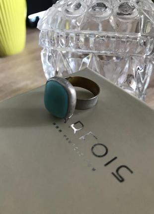 Серебряное кольцо с натуральным камнем