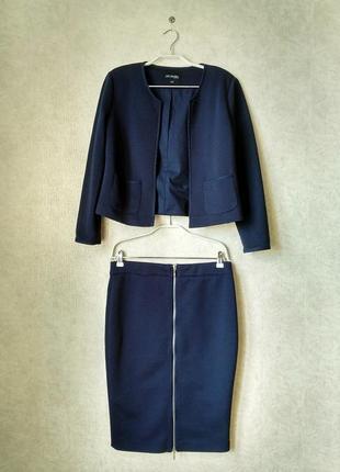 Эффектный костюм: жакет + юбка карандаш
