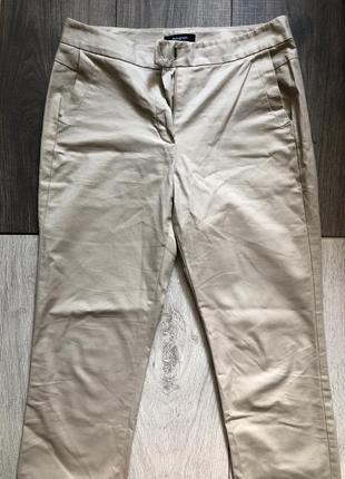 Стильные укорочённые брюки