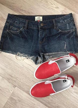 Джинсовые шорты o32
