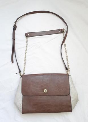 Новая вместительная коричнево-бежевая сумочка с длинной ручкой parfois