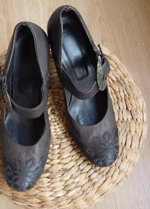 Стильные кожаные туфли / grand style
