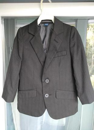 Стильный пиджак tu р.98-104 мальчику 3-4л классический черный