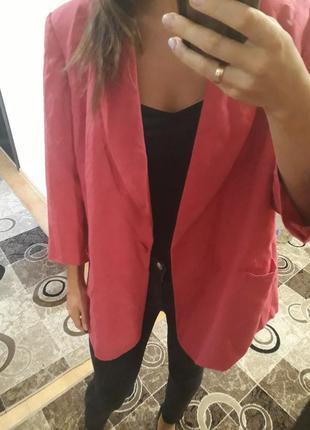 Розовый малиновый удлиненный пиджак жакет 100% лен люксовый бренд.