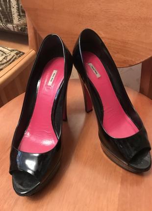 b22d9f7af839 Обувь Miu Miu, женская 2019 - купить недорого вещи в интернет ...