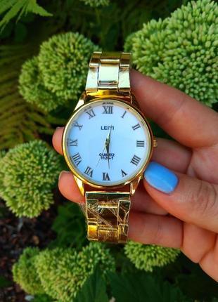 Стильные женские часы. часы женские.  часы.новинка.