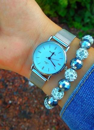 Стильные женские часы. часы женские. серебряные часы.новинка.
